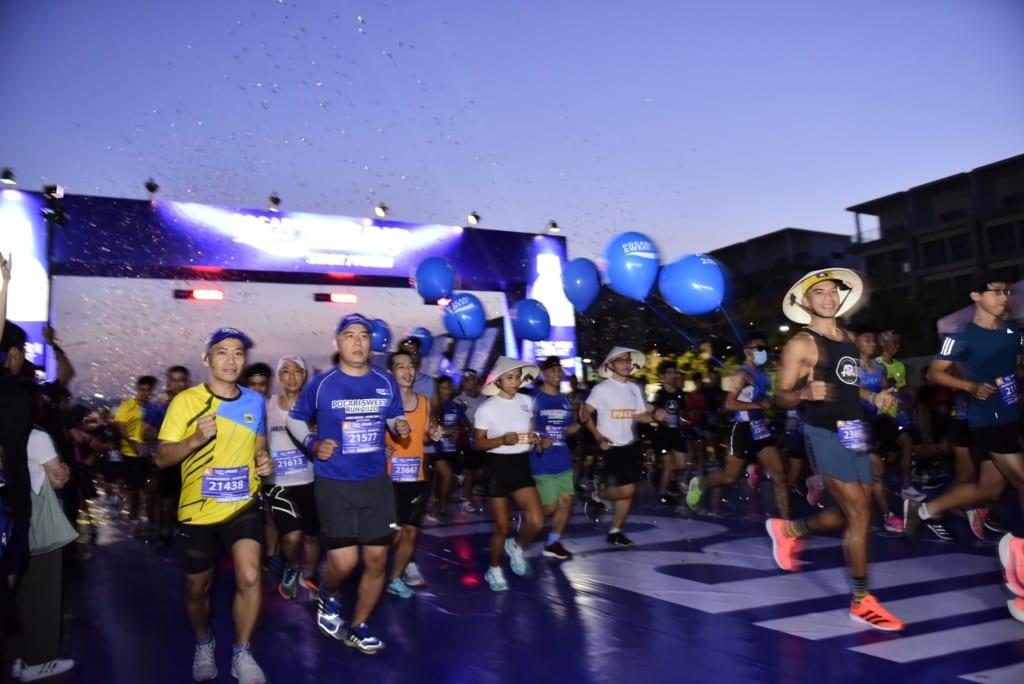 tổ chức chạy marathon 6 1