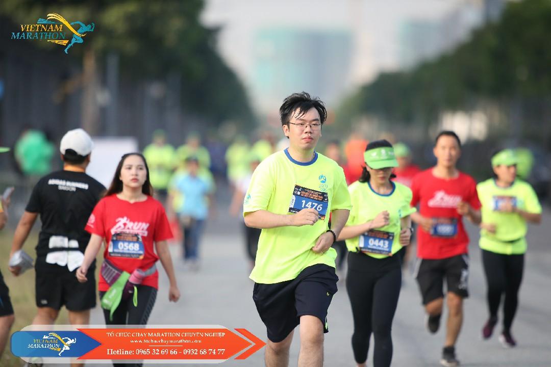 to chuc chay marathon chuyen nghiep 106